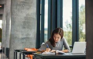 studiecoaching van Jouwstudiecoach helpt bij studiestress